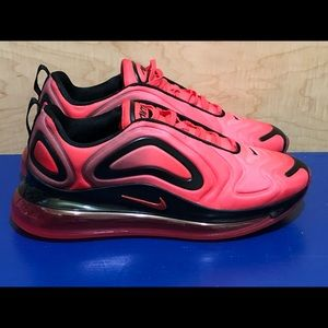 NEW Nike Air Max 720